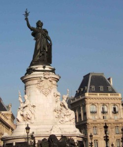 place-de-la-republique2-250x300-1